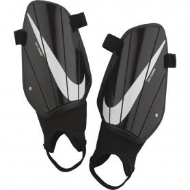 Nike CHRG GRD футбольные защитники для ног