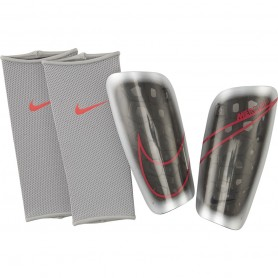 Football shin guards Nike Merc LT GRD