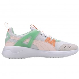 Women's sports shoes Puma Nuage Run Cage