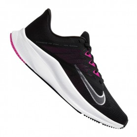 Women's sports shoes Nike Quest 3