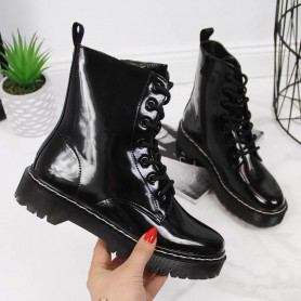Women's shoes Warm lacquered Vinceza
