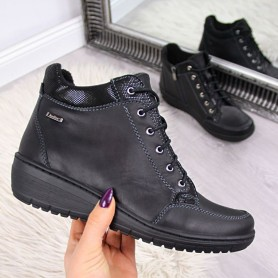 Women's shoes Leather boots with an insulated wedge Helios