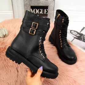 Women's shoes Black boots with buckles Goe