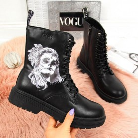 Women's shoes Leather boots Goe