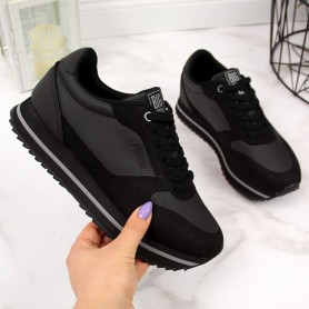 Women's shoes Black on the Big Star