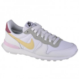 Women's shoes Nike Internationalist